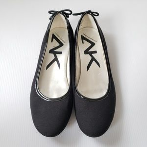 AK Sport 6.5 Black Fabric Flats Shoes